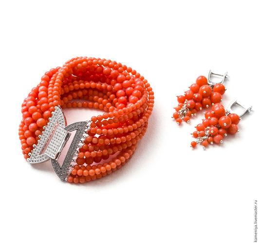 Браслеты ручной работы. Ярмарка Мастеров - ручная работа. Купить Пышный браслет из лососевого коралла. Handmade. Коралловый, коралловая свадьба