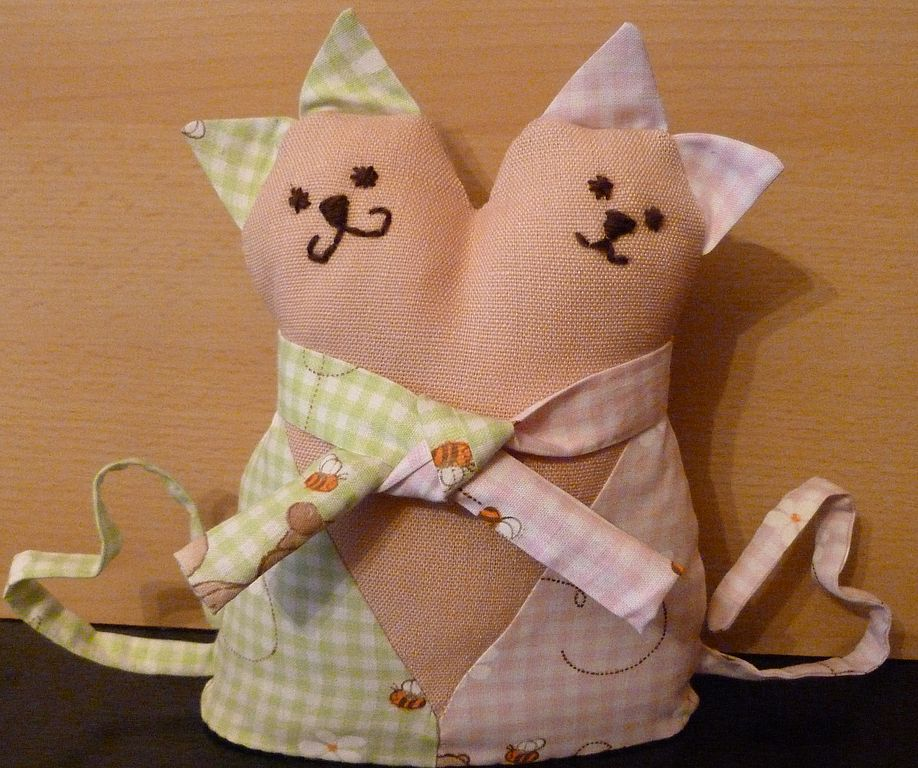 Коты обнимашки картинки сшитые, днем рождения девушке