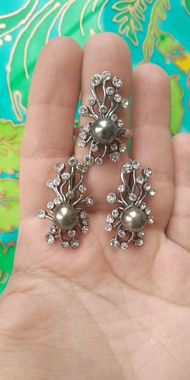 Комплекты украшений ручной работы. Ярмарка Мастеров - ручная работа. Купить 105 БРОН Комплект серебрение серьги и кольцо с жемчугом и стразами. Handmade.