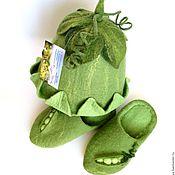 """Для дома и интерьера ручной работы. Ярмарка Мастеров - ручная работа """"Зеленый горошек"""" Тапочки и Шапочка. Handmade."""