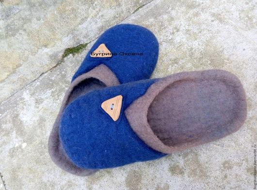 """Обувь ручной работы. Ярмарка Мастеров - ручная работа. Купить """"Горец"""" валяные мужские тапочки. Handmade. Тёмно-синий, коричневый"""