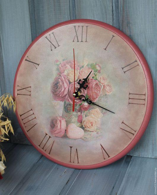 """Часы для дома ручной работы. Ярмарка Мастеров - ручная работа. Купить Часы """"Нежность"""". Handmade. Коралловый, часы для дома"""