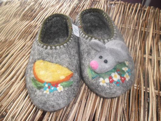 Обувь ручной работы. Ярмарка Мастеров - ручная работа. Купить Тапки валяные на Полянке. Handmade. Тапочки, валяные тапочки