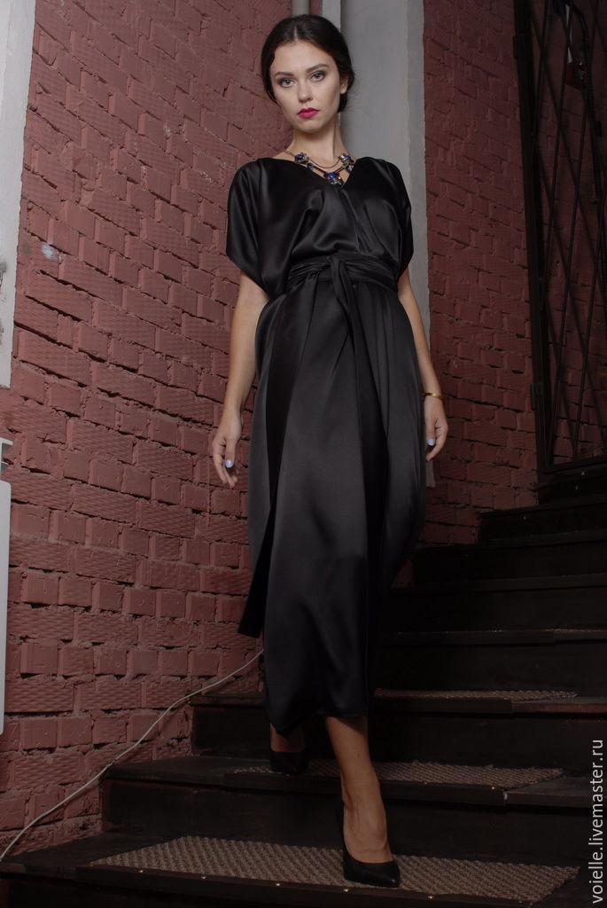 Платья из шелка с поясом