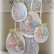 Подарки к праздникам ручной работы. Ярмарка Мастеров - ручная работа Подвески-яйца по мотивам сказок Беатрикс Поттер. Handmade.
