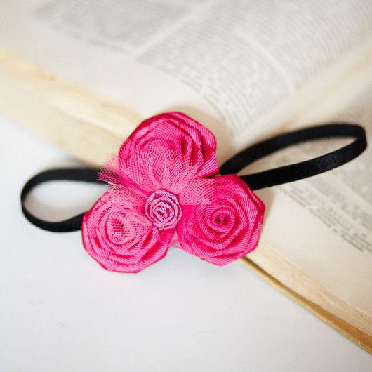 """Детская бижутерия ручной работы. Ярмарка Мастеров - ручная работа. Купить """"Малиновые розы"""" повязка на голову с розами из лент. Handmade."""