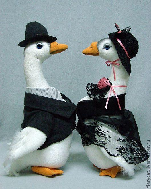 Куклы и игрушки ручной работы. Ярмарка Мастеров - ручная работа. Купить Итальянская пара. Handmade. Интерьерная игрушка, флис