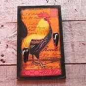Для дома и интерьера ручной работы. Ярмарка Мастеров - ручная работа вешалка роскошный петух символ года красно-золотой. Handmade.