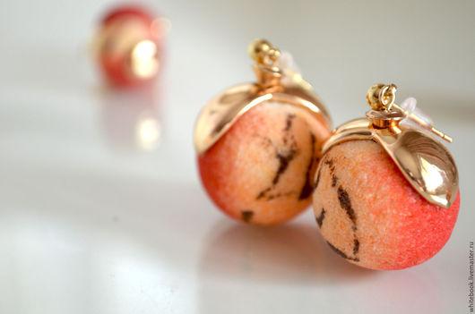 """Серьги ручной работы. Ярмарка Мастеров - ручная работа. Купить Серьги """"Яблочко 2 в 1"""", губчатый коралл и позолота. Handmade."""