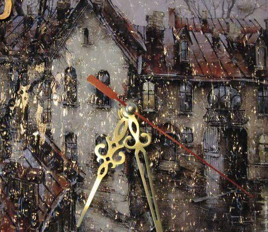 """Часы для дома ручной работы. Ярмарка Мастеров - ручная работа. Купить Часы настенные """"Дождь в старом городе"""". Handmade."""