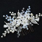 Свадебный салон handmade. Livemaster - original item Bridal comb with flowers. Hair jewelry bride. Handmade.