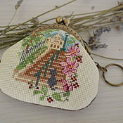 Сумки и аксессуары handmade. Livemaster - original item A change purse with clasp hand embroidery Paris. Handmade.