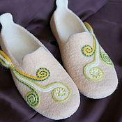 """Обувь ручной работы. Ярмарка Мастеров - ручная работа Тапочки  валяные """"Завитки """". Handmade."""