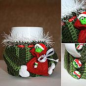 Подарки к праздникам ручной работы. Ярмарка Мастеров - ручная работа Новогодняя кружка в свитере. Handmade.