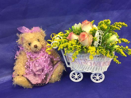 Подарки для новорожденных, ручной работы. Ярмарка Мастеров - ручная работа. Купить Букет из живых цветов. Handmade. Подарок на день рождения