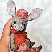 Куклы и игрушки ручной работы. Ярмарка Мастеров - ручная работа Ослик Бобби. коллекционная игрушка Осел Ослик  тедди. Handmade.