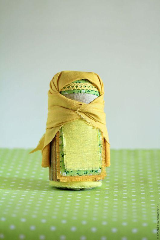 Народные куклы ручной работы. Ярмарка Мастеров - ручная работа. Купить Крупеничка, медовый, желтый, горчичный, зеленый, оберег