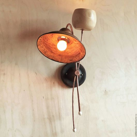 Освещение ручной работы. Ярмарка Мастеров - ручная работа. Купить Настенный светильник из дерева и керамики с двумя плафонами. Handmade. дача