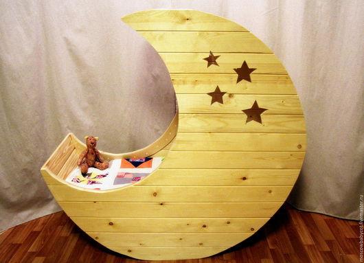 """Детская ручной работы. Ярмарка Мастеров - ручная работа. Купить Детская кроватка """"Полумесяц"""". Handmade. Детская кроватка, детская, полумесяц"""