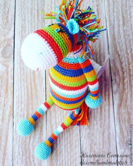 """Игрушки животные, ручной работы. Ярмарка Мастеров - ручная работа. Купить Игрушка """"Лошадка"""". Handmade. Разноцветный, подарок, можжевеловые бусины"""