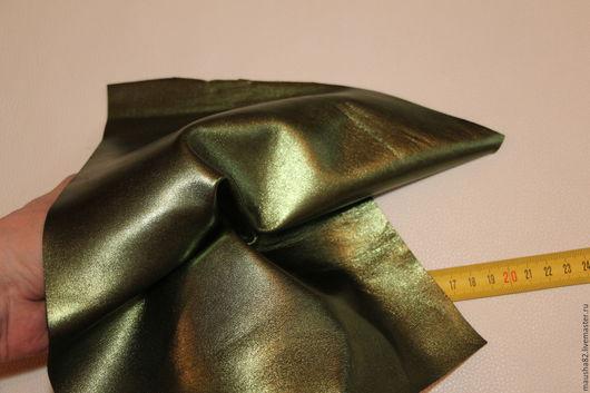 Шитье ручной работы. Ярмарка Мастеров - ручная работа. Купить кожа в кусках (зеленый металлик). Handmade. Итальянская кожа, кожа