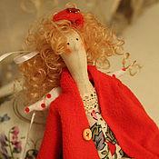 """Куклы Тильда ручной работы. Ярмарка Мастеров - ручная работа """"Девушка в красном"""". Handmade."""