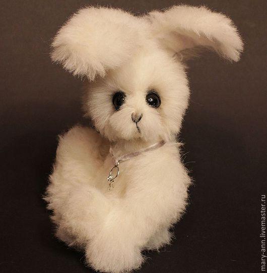 """Мишки Тедди ручной работы. Ярмарка Мастеров - ручная работа. Купить Заяц """"Пиксель"""". Handmade. Белый, заяц игрушка"""