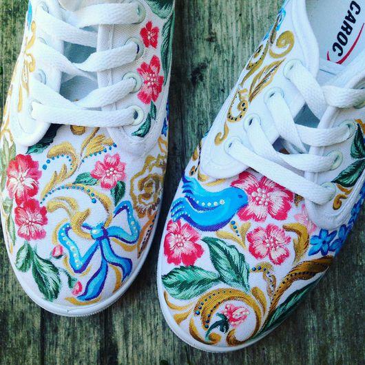 Обувь ручной работы. Ярмарка Мастеров - ручная работа. Купить Кеды женские роспись акрилом. Handmade. Кеды слипоны белые