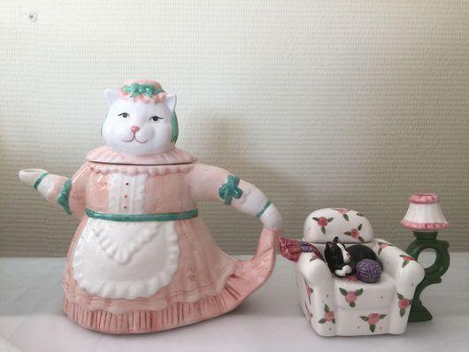 Винтажные предметы интерьера. Ярмарка Мастеров - ручная работа. Купить Коллекция чайники кошки фарфор. Handmade. Статуэтка, интерьер детской