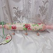 Для дома и интерьера handmade. Livemaster - original item Hanger-rolling pin kitchen Cozy roses , shabby, decoupage. Handmade.