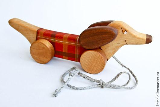 Игрушки животные, ручной работы. Ярмарка Мастеров - ручная работа. Купить Такса на веревочке - деревянная игрушка. Handmade. Игрушка из дерева