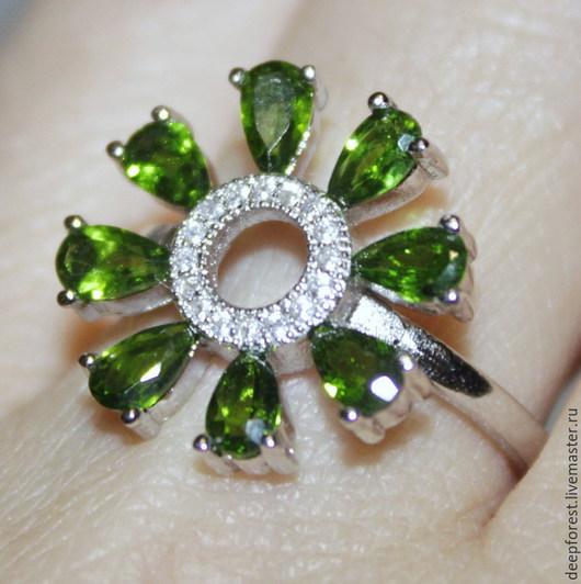 """Кольца ручной работы. Ярмарка Мастеров - ручная работа. Купить Кольцо с хромдиопсидом """"Spring"""". Handmade. Зеленый, кольцо с хромдиопсидами"""