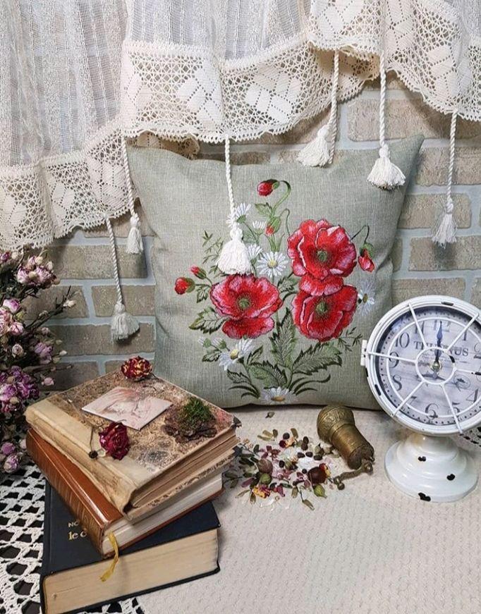 Льняная наволочка  с вышитыми маками, Подушки, Стерлитамак,  Фото №1