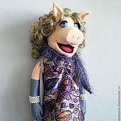 Куклы и игрушки ручной работы. Ярмарка Мастеров - ручная работа Кукла театральная тростевая свинка Мисс Пигги Мапет шоу. Handmade.