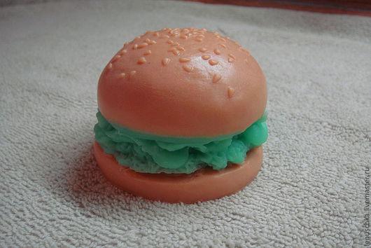 """Мыло ручной работы. Ярмарка Мастеров - ручная работа. Купить Мыло """"ГАмбургер!"""" - бывает полезный!. Handmade. Подарок, подарок женщине"""