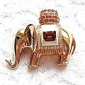 Винтаж handmade. Livemaster - original item Elephant brooch in a Cape, Ciner, USA, ,60s-80s, collectible decoration. Handmade.