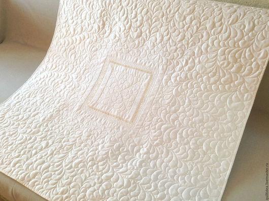 """Для новорожденных, ручной работы. Ярмарка Мастеров - ручная работа. Купить Одеяло детское покрывало на выписку стеганое """"Нежное"""". Handmade."""