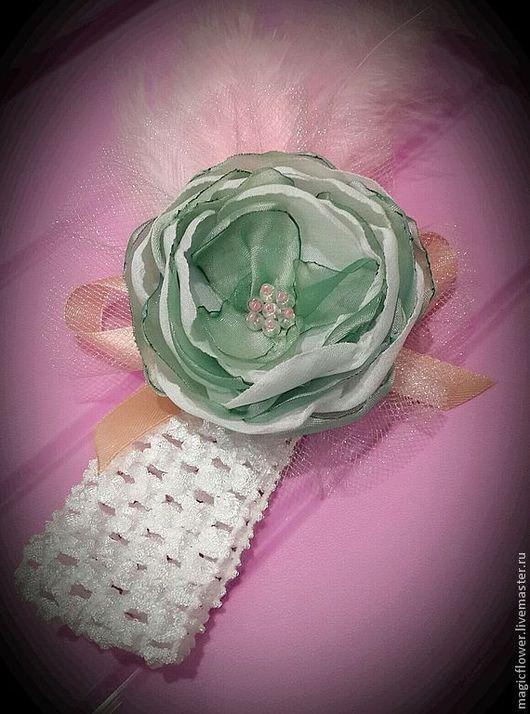 Диадемы, обручи ручной работы. Ярмарка Мастеров - ручная работа. Купить Повязка на голову для девочки с цветком Нежная мята. Цветы из ткани. Handmade.