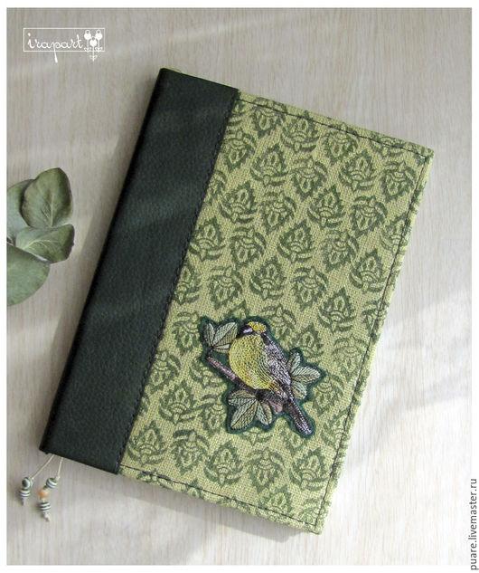 """Блокноты ручной работы. Ярмарка Мастеров - ручная работа. Купить Блокнот ручной работы """"Птичка"""". Handmade. Тёмно-зелёный, экокожа"""