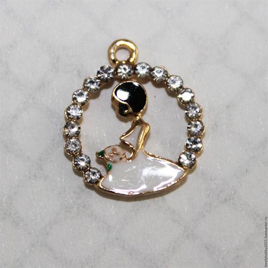 Металлический кулон с эмалью `Невеста`