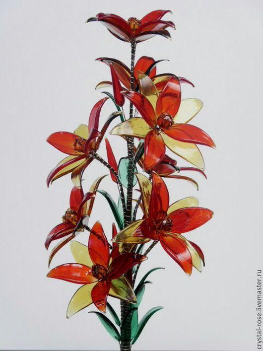 Цветок из богемского стекла красный с золотым