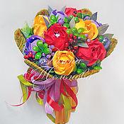 """Цветы и флористика ручной работы. Ярмарка Мастеров - ручная работа Букет из конфет """"Мелодия красок"""". Handmade."""