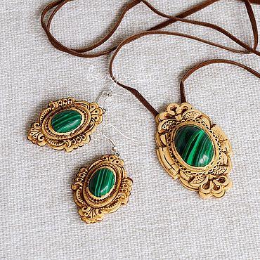 Decorations handmade. Livemaster - original item A set of jewelry made of birch bark with malachite. Pendant, earrings. Handmade.