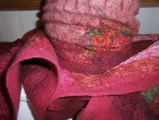 """Комплекты аксессуаров ручной работы. Ярмарка Мастеров - ручная работа. Купить Комплект """"Вишневый сад"""" - шапка и шарф из шерсти и шелка.. Handmade."""
