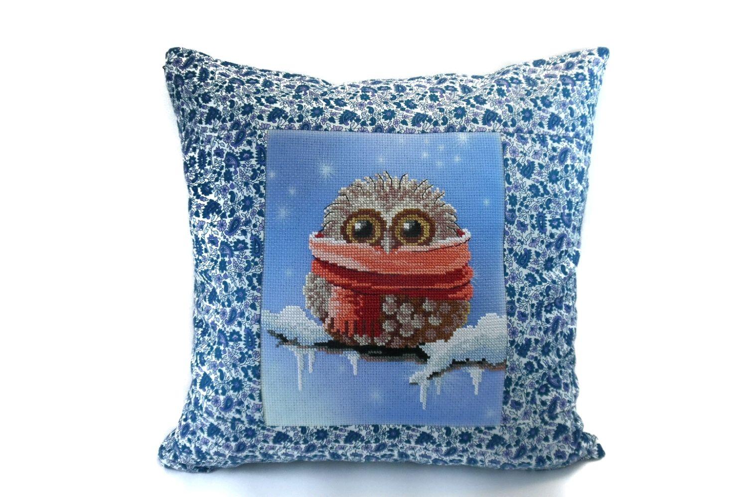 Подушка с вышивкой крестом Сова зимой. Наволочка для подушки, Подушки, Барнаул,  Фото №1