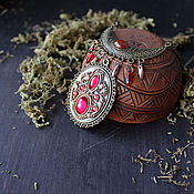 Украшения ручной работы. Ярмарка Мастеров - ручная работа Этнический кулон EveryDay с красным камнем. Handmade.