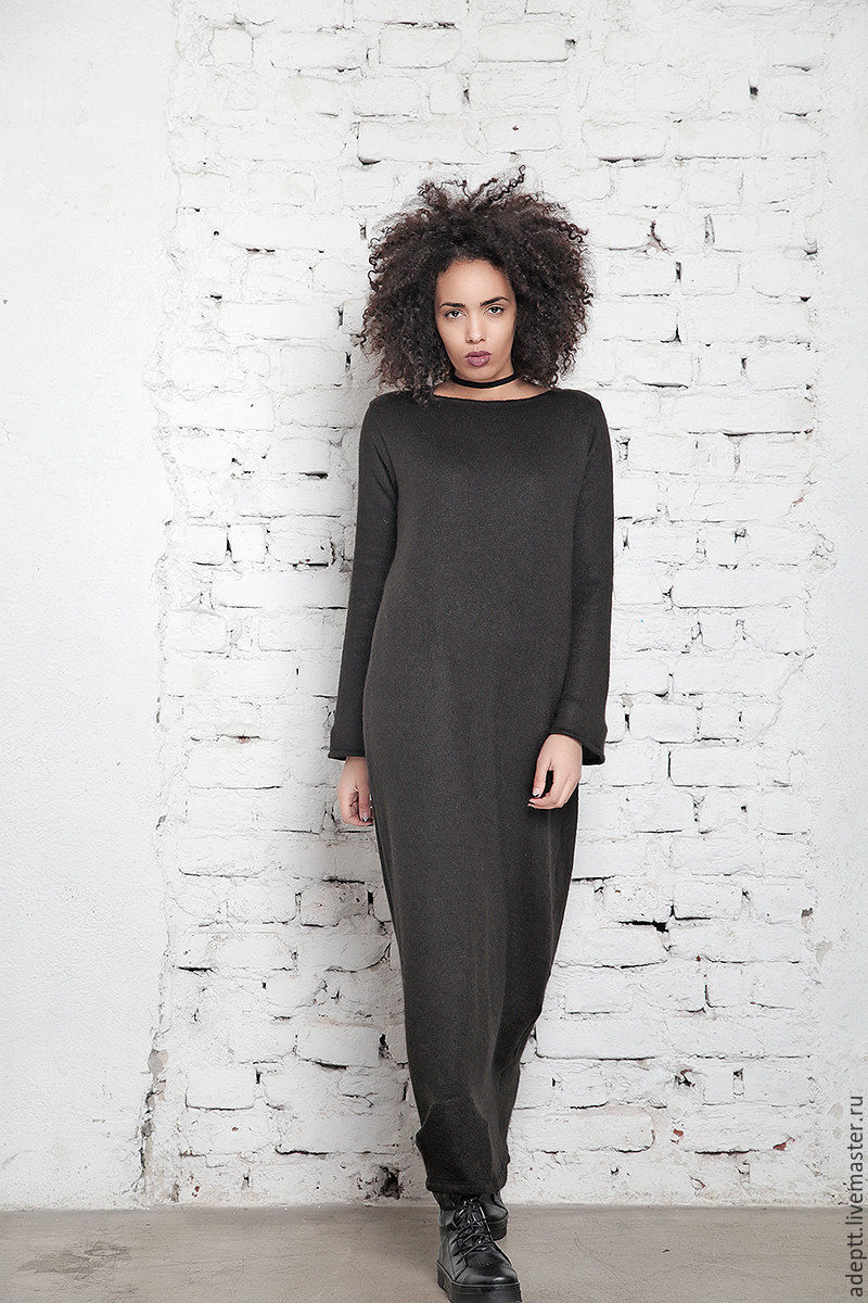 Adeptt is a fashion and style free women who love to change their images and looking for clothes that are, above all, emphasizes their taste and femininity.