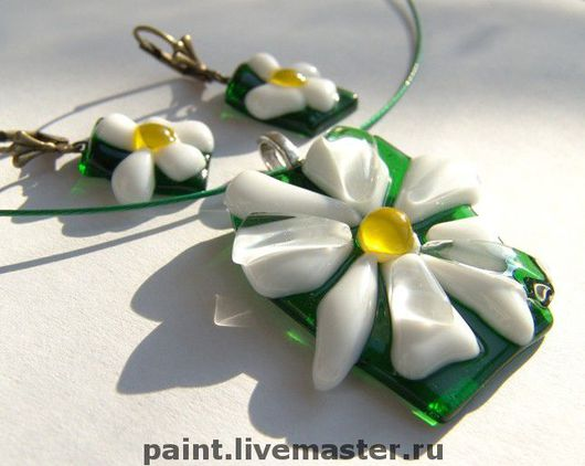 Jewelry Sets handmade. Livemaster - handmade. Buy Set of glass Hello, Daisy... fusing, glass decoration.Summer, fusing