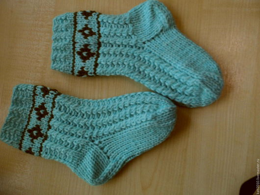 Носки, Чулки ручной работы. Ярмарка Мастеров - ручная работа. Купить Носки теплые с косами, носки для дома. Handmade. Бирюзовый