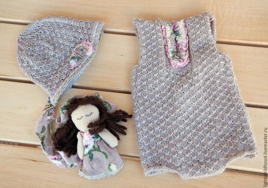 Для новорожденных, ручной работы. Ярмарка Мастеров - ручная работа. Купить Костюм для новорожденной, комбинезон, шапочка и куколка для фотосессии. Handmade.